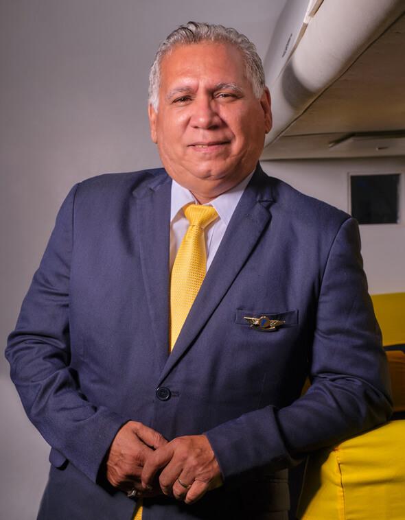 Alfredo Hernandez Paz Tripulantes VIP
